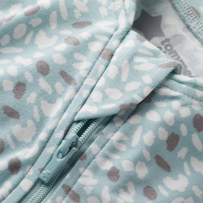 Earth Green Easy Swaddle zip covering