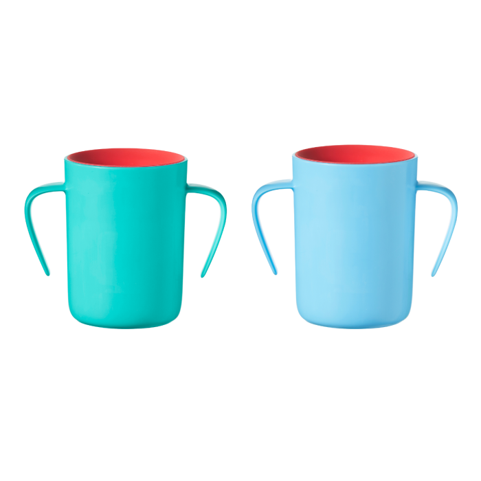 green-and-blue-easi-flow-cups