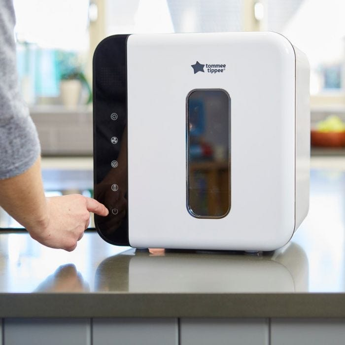 Ultra UV 3-in-1 Steriliser, Dryer and Storage with hand turning it on