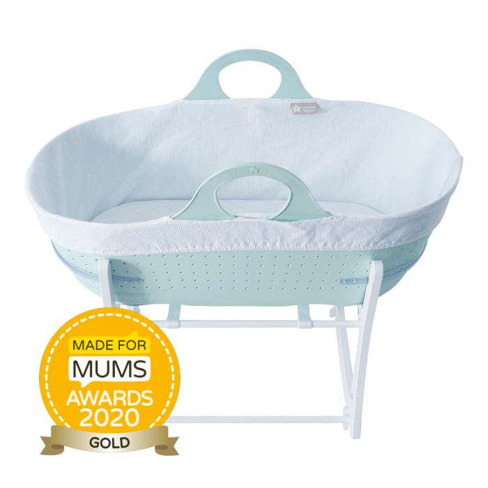 Green sleepee moses basket with award roundal