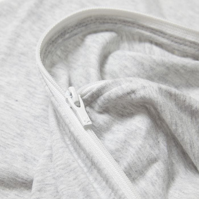 grey marl easy swaddle zip close up