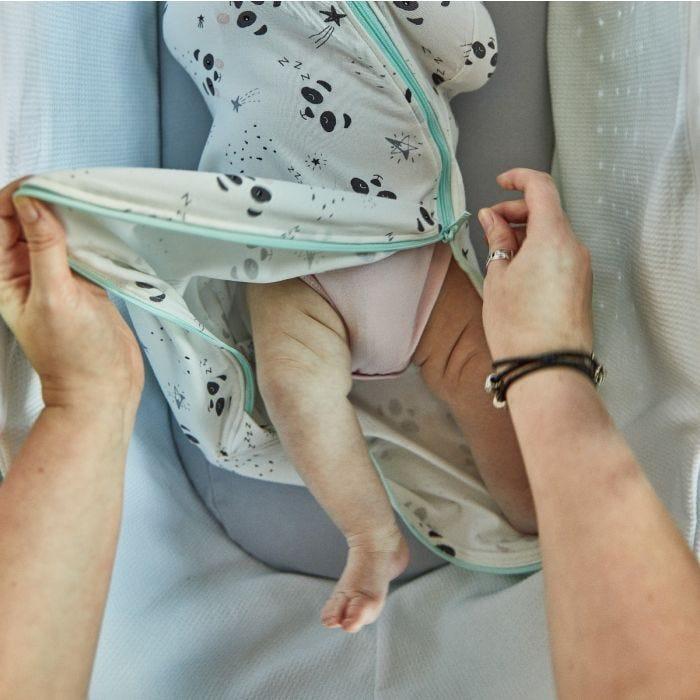 Little Pip Easy Swaddle zip